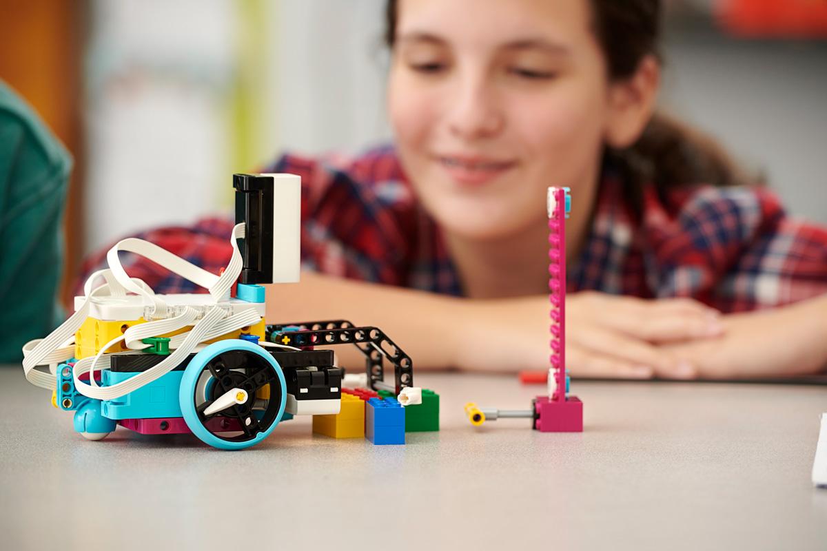 spike-prime-lego-education-steam-ekpedeusi-eduk8